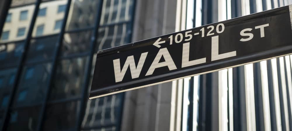 Commercials are the large Wall Street firms that know the market the best. And in the Treasury market, commercials have been rushing to buy bonds.