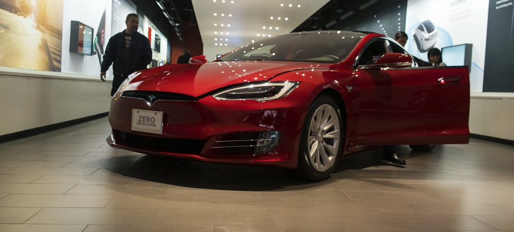 This recent rush of bullish headlines in the news is enough to make Tesla stockholders giddy. And as any contrarian investor will tell you, that's a problem.