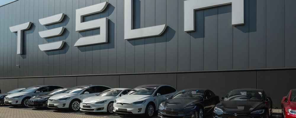 Tesla Is Driving the Car Industry to Extinction