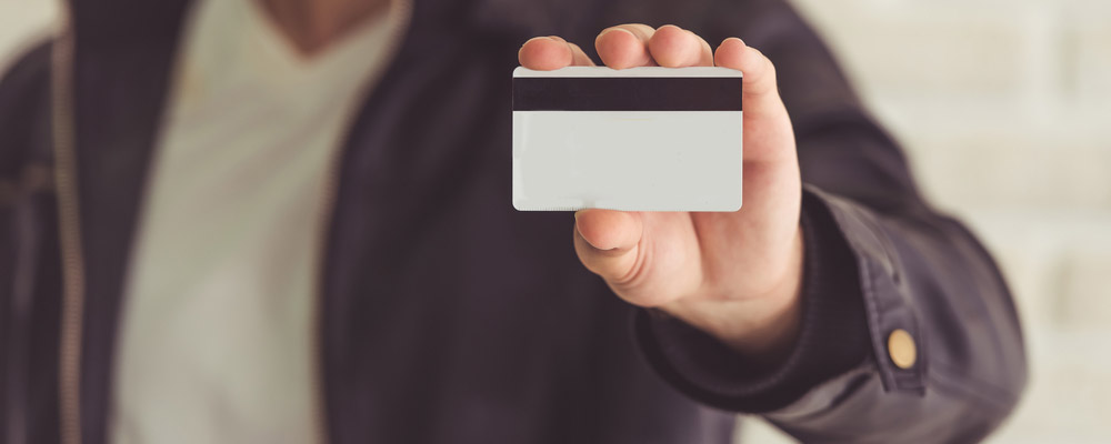 A bipartisan health bill seeks to greatly deter the $60 billion abuse and fraud within the Medicare program with the use of smart card technology.